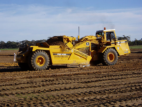 Earthmoving Equipment Scraper Hire Landplane Hire Grader Hire
