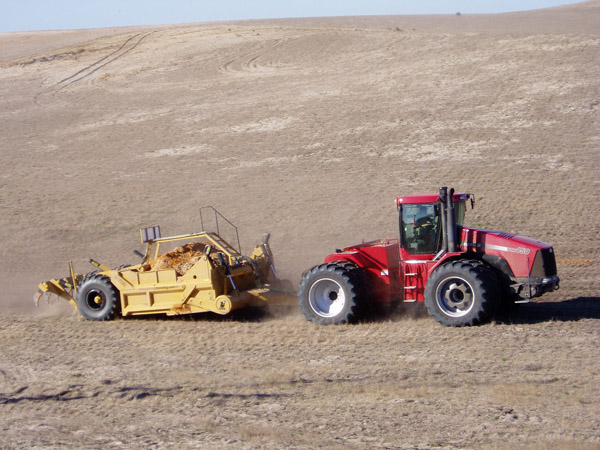 4WD Tractor and Landplane
